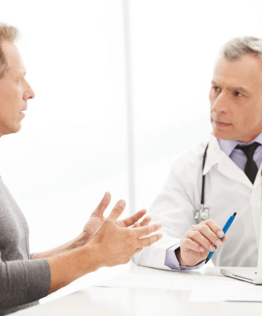 Patient-and-doctor-face-to-face